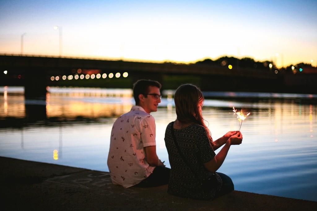 couple-2604197_1920